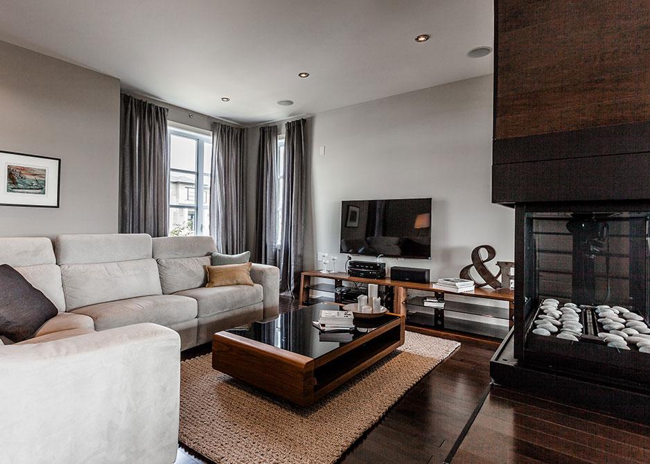 R novation maison contemporaine montr al patrick asselin - Salon construction maison ...